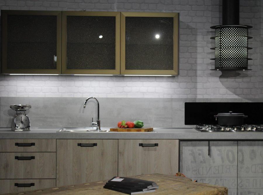 Armário de cozinha planejado de vidro