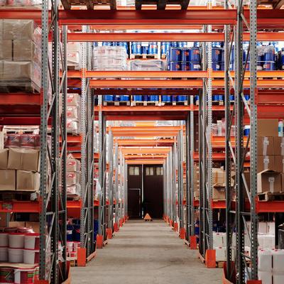 Guarda-móveis para fábricas