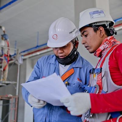 Instalações elétricas e hidráulicas exigem profissionais experientes