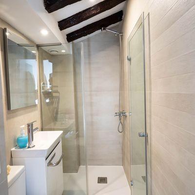 Instalar piso de granito no banheiro
