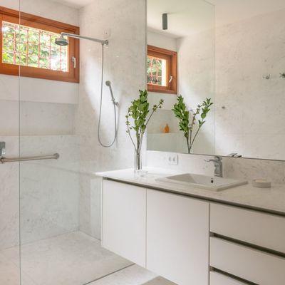 Móveis sob medida para banheiro pequeno