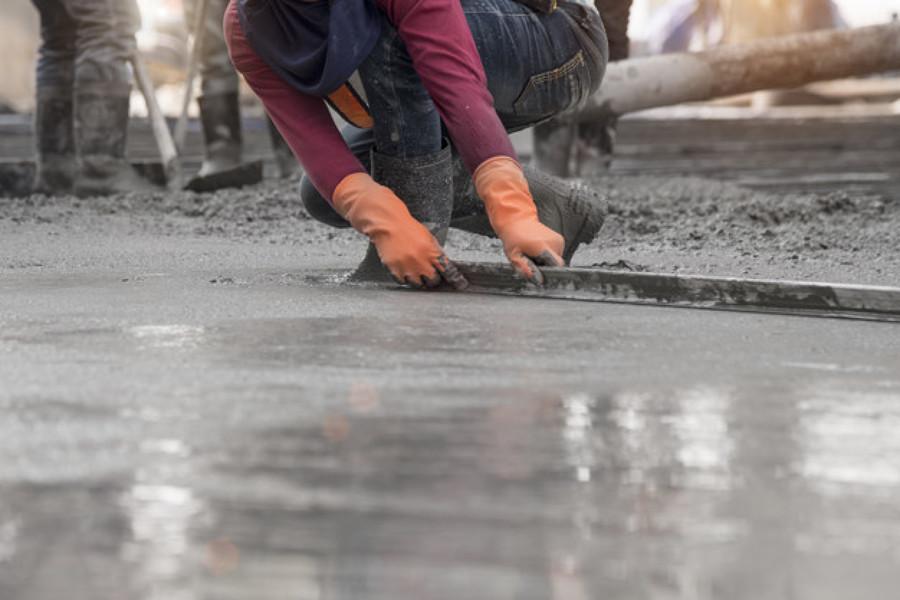 Bombeamento de concreto com impermeabilizante