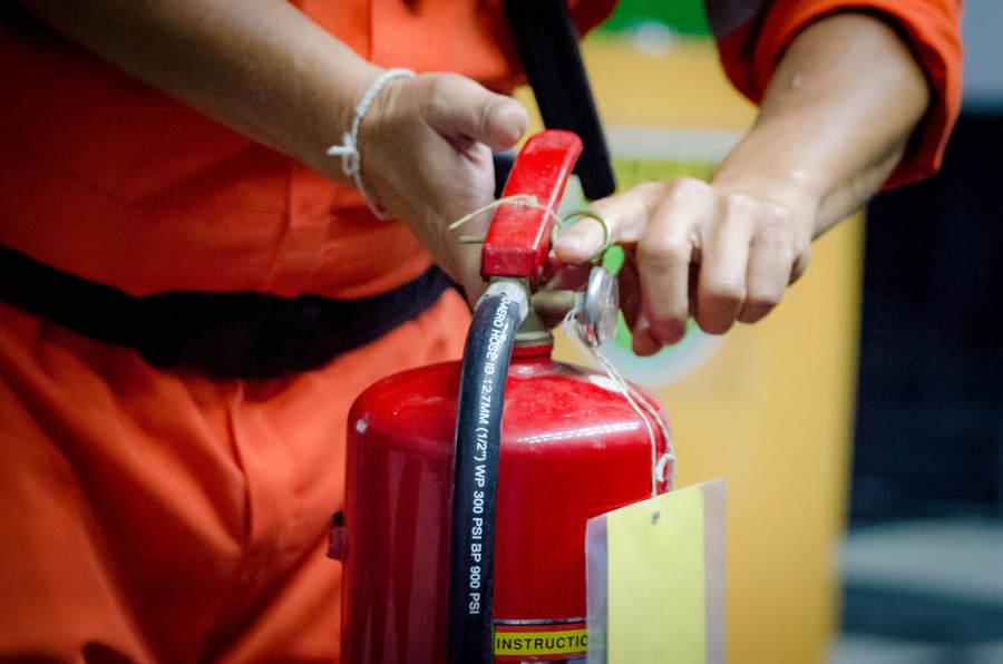Recarregar extintores de incêndio