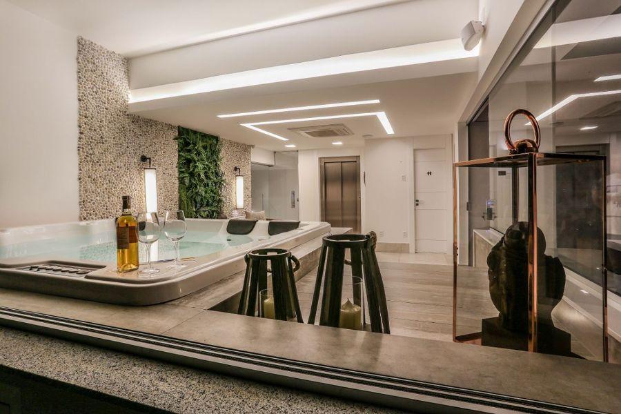 Conheça os modelos de banheira de hidromassagem e o preço médio de cada uma delas: