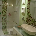 Banheiro com detalhe em Pastilhas