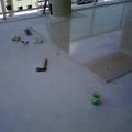 colocação de porcelanato 80x80 na área impermeabilizada