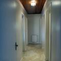 Corredor da casa pintado com sistema airless