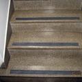Escada de um edifício residencial