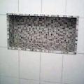 nichos da banheiro com pastilha