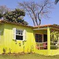 Pintura de fachada verde-limão sítio Tio João em Jaú