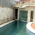 piscinas com cascatas em geral