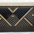 Portão automático em alumínio bronze e dourado com portão social incluso.