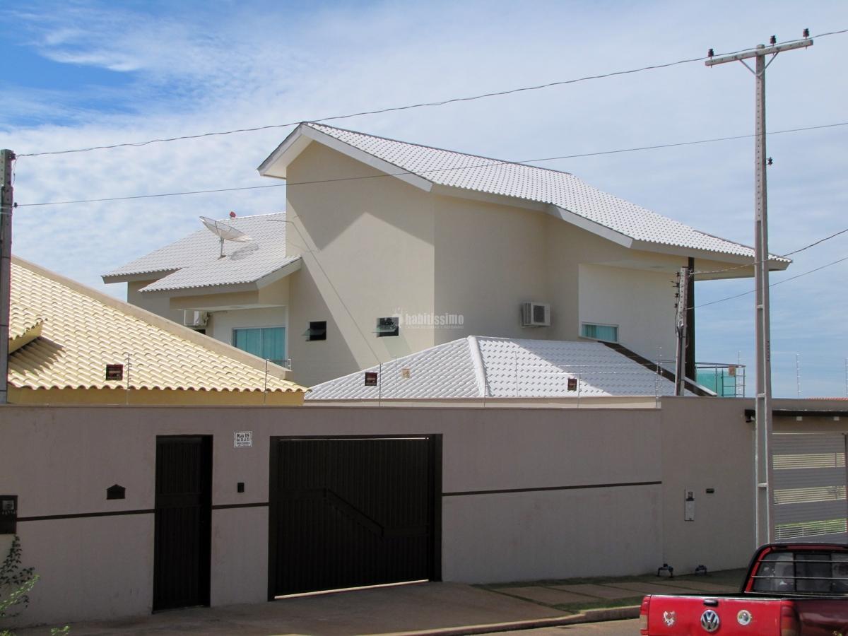 Construtores, telhas cerâmicas esmaltadas, Telhado