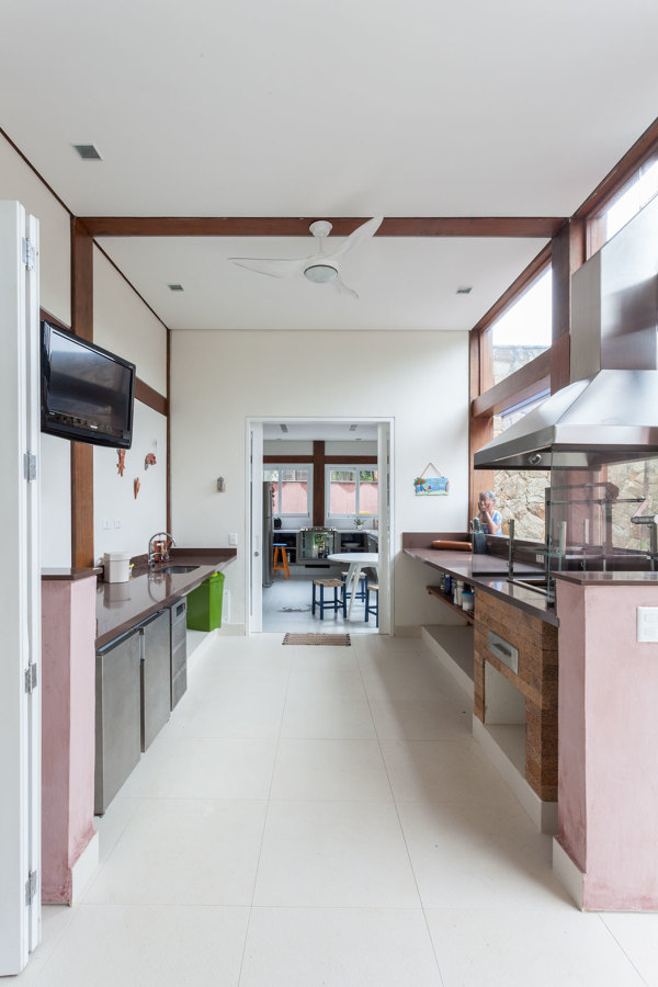 Residencia na Barra do Una