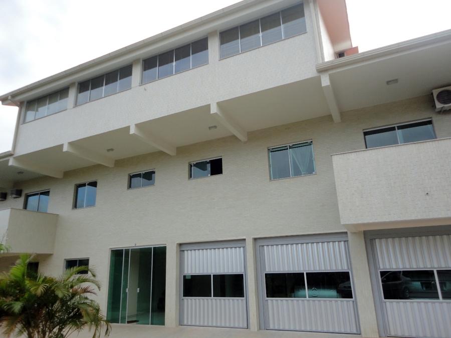 Casa Valdir Gentil Ano: 2006/07 Casa com mas de 2.000 m²