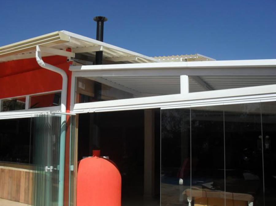 cobertura metalica vista lateral