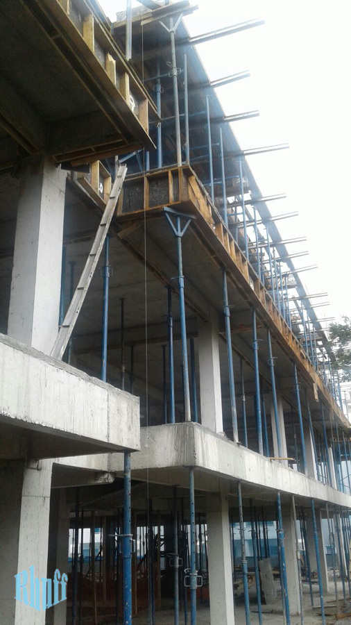 Fachada  com a estrutura em concreto armado.