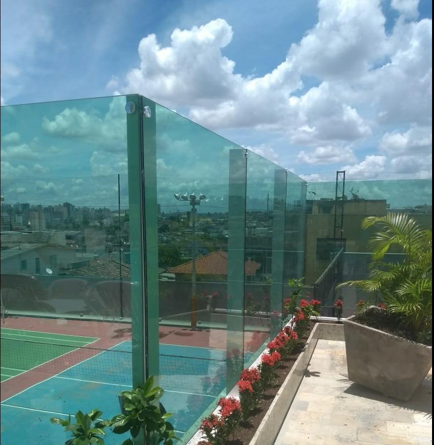 Vidros Temperados, Comerciais e Residenciais.