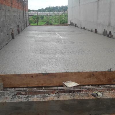 Laje feita em Jaraguá casa que estou fazendo também desde a fundação