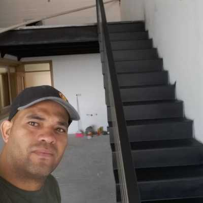 Mezanino estrutura metálica e escada
