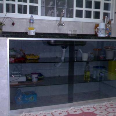 armario de vidro temperado