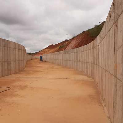 Barragem Maravilhas III - Canal Extravasor