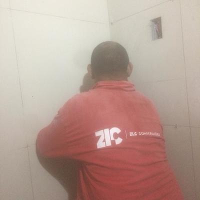 ZLCCONSTRUCOESLTDA reforma de um  banheiro