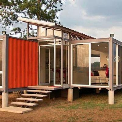 Casa construida no estilo container