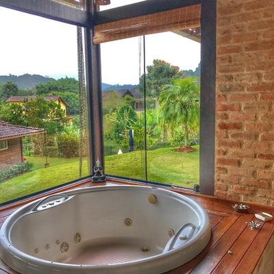 Hidromassagem espaço gourmet e spa residêncial