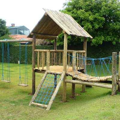 playgrounds em madeira e eucalipto