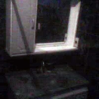 instalação de armário de banheiro