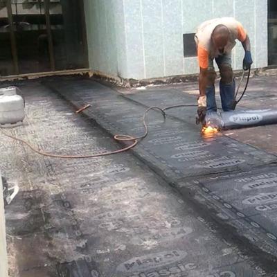 Manta asfaltica em Ed. condominio