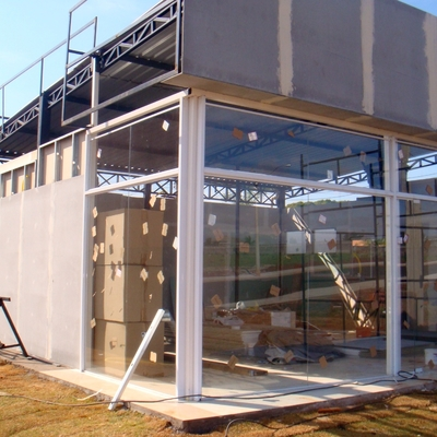 Montagem de stand de vendas utilizando o sistema Steel Frame
