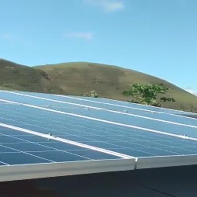 Instalação sistema Solar telhado metálico