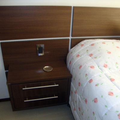 Painel de cama c/ criado