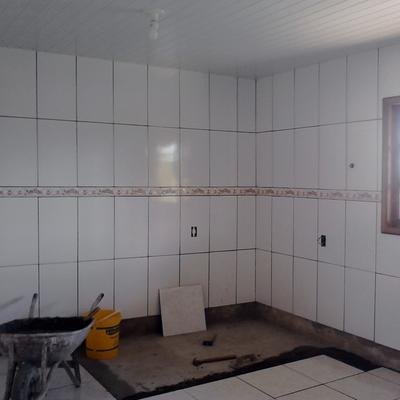 piso e azulejo