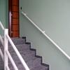 Fornecer Corrimão para escada interna em inox ou blindex com inox.