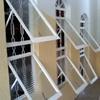 Fornecer e instalar grade para janela