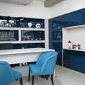Mesa de atendimento - escritório com metacrilato (produto inovador - riscos + brilho - custos)