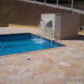 piscina em azulejo