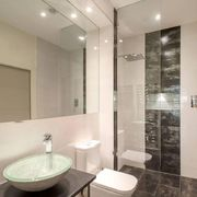 Banheiro moderno.