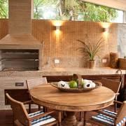 churrasqueira com piso de madeira
