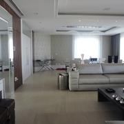 Sala Living toda reformada com sanca moderna