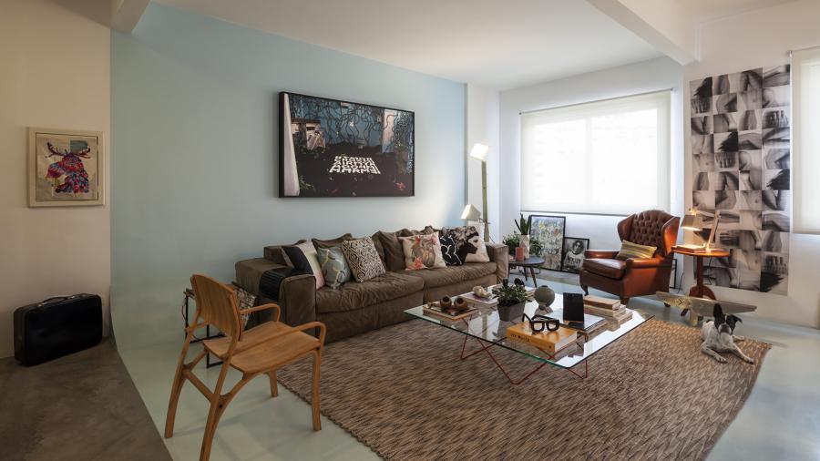 Ambiente integrado com Área de leitura e Sala de Estar Moderna Contemporânea