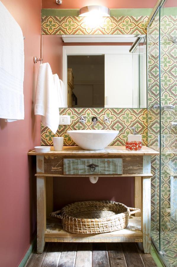 banheiro colorida