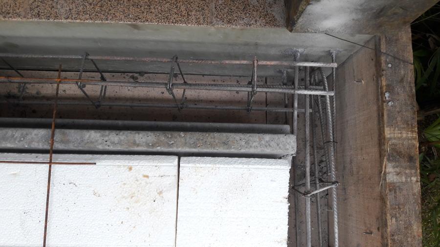 Conexão de ferragens