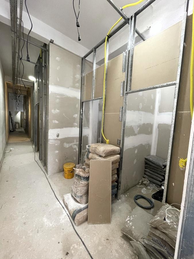 Corredor e salas drywall e elétrica