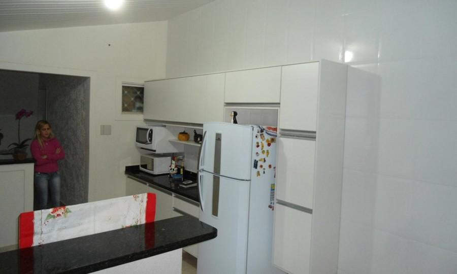 cozinha branca tamponada