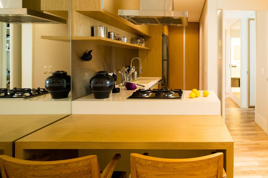 Cozinha gourmet e área de jantar
