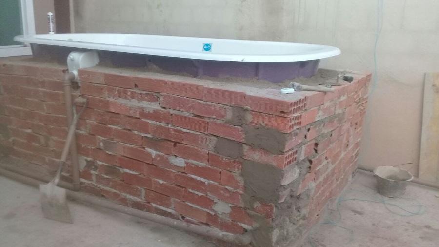 Estrutura para sustenção da piscina.